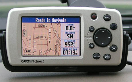 Garmin Quest GPS receiver