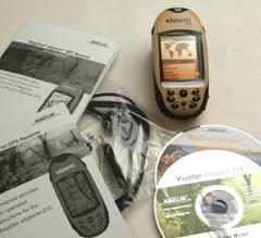 Magellan eXplorist 210 GPS receiver package